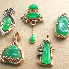 大亏出冰阳绿翡翠吊坠,高冰甜阳绿戒指