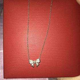 周生生同款钻石项链 宝格丽银版小红人慈善项链 Tiffany 银质甜甜圈项链等