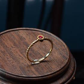 18k金天然红宝石戒子有证书