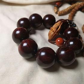 25大珠径小叶紫檀手串