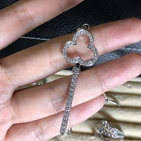 专柜钻石钥匙骨折价出金钻成本都不够