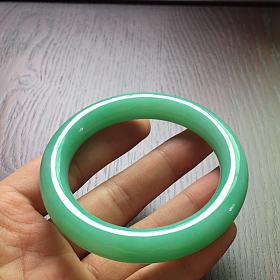 满色,绿圆条翡翠手镯