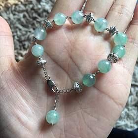 阳绿圆珠手链