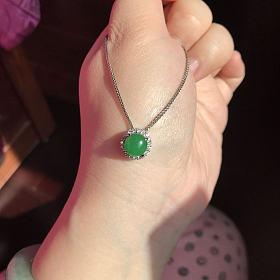 绿蛋锁骨链吊坠