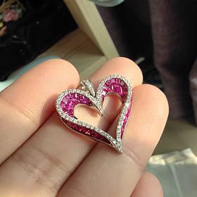 立体精工无边镶嵌红宝石钻石爱心吊坠