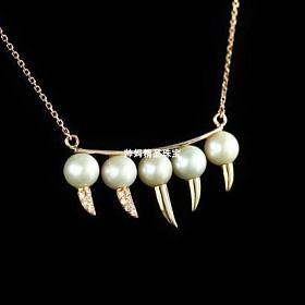 18k黄金钻石珍珠项链