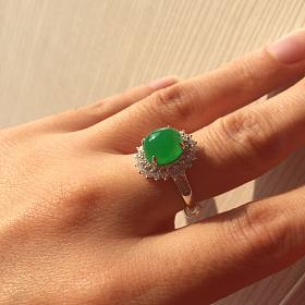 阳绿翡翠戒指 1.2ct莫桑比克红宝石吊坠