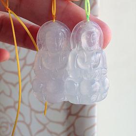 两个白冰观音翡翠吊坠