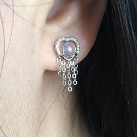 1500元出万博手机iOS耳钉,18k金镶嵌足反钻石。