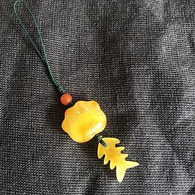 蜜蜡猫爪小鱼手机挂