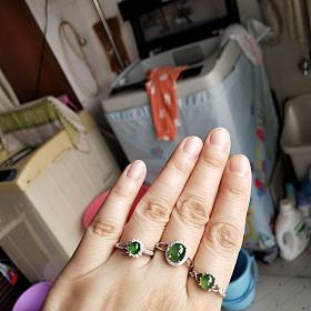 银镶翡翠戒指