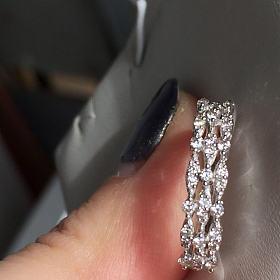 18k金三十分钻石戒指全新 有证书