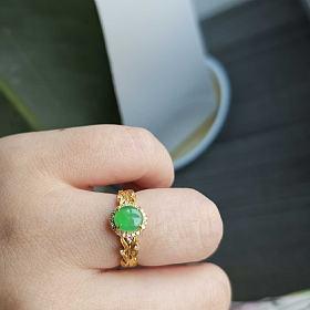 翡翠果阳绿18K金戒指