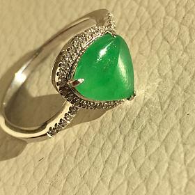 3800元出,18K金+钻,万博手机iOS戒指,正阳绿