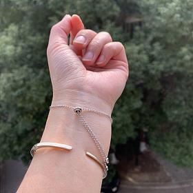 降价出!apm限量版手链,施华洛世奇2019雪花项链、四叶草手链。蜜蜡吊坠