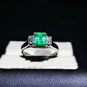 日本pt900钻石祖母绿戒指主石73分vvd green 微油 钻石37分