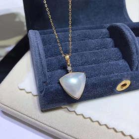 三角形△稀有白色马贝 18k金钻石镶嵌
