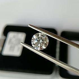 培育钻石 1卡 IGI证书 I SI1
