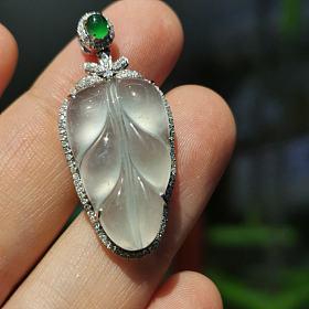 吐血价出高冰种翡翠天然莫西沙厚叶子吊坠绿蛋18K金钻石镶嵌