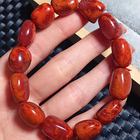 川料南红玛瑙火焰纹玫瑰红随型手串纹路清晰漂亮柿子红偏玫瑰色九口料黄金首饰