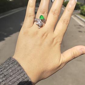 有大目标,降价!天然翡翠高冰起光正阳绿戒指海豚戒指台湾超精工满钻镶嵌