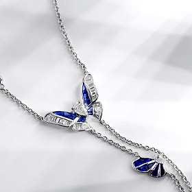 18K金蓝宝石钻石蝴蝶项链