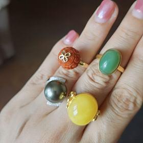 近回收价出4个金镶嵌宝石戒指