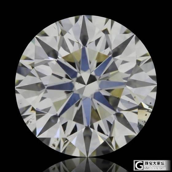 两颗克拉钻,麻烦大家看下那颗更好一点_钻石
