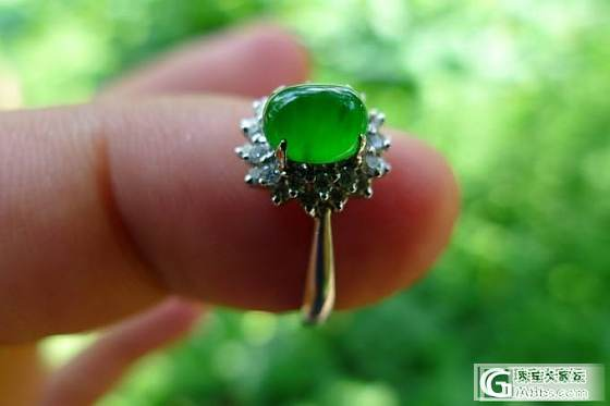 淡绿飘辣绿手镯,冰阳绿蛋面戒指,貔貅戒指,飘色佛公_翡翠
