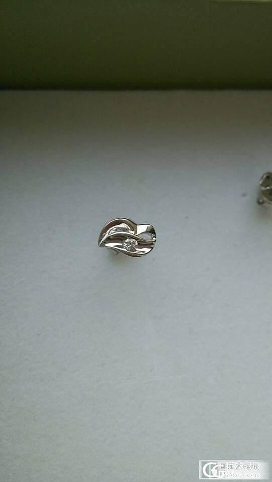 三分的小钻耳钉哪里有买?_钻石