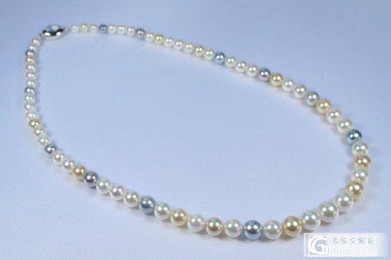 求问现在AKOYA 8.0-8.5 极光 精圆 微微暇 白伴粉的43CM珠链大约多少钱?_珍珠