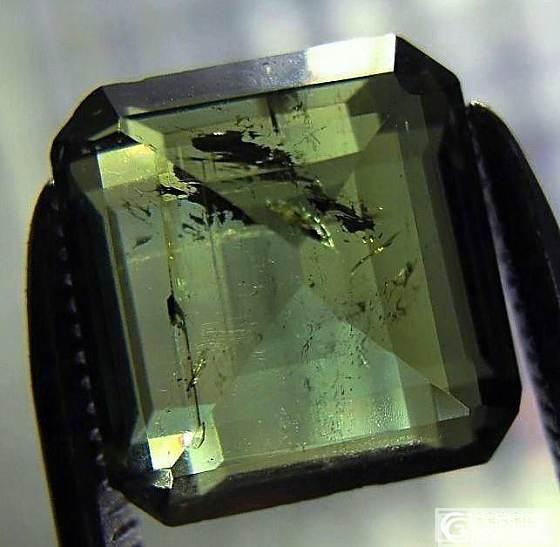 请问想拍清楚宝石内部结构,最便宜的照相设备要多少钱,能推荐下吗?_彩色宝石摄影