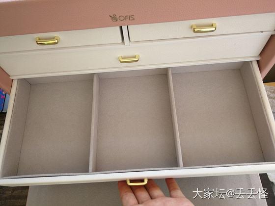 震惊!一个首饰箱居然可以这么美😁_首饰盒