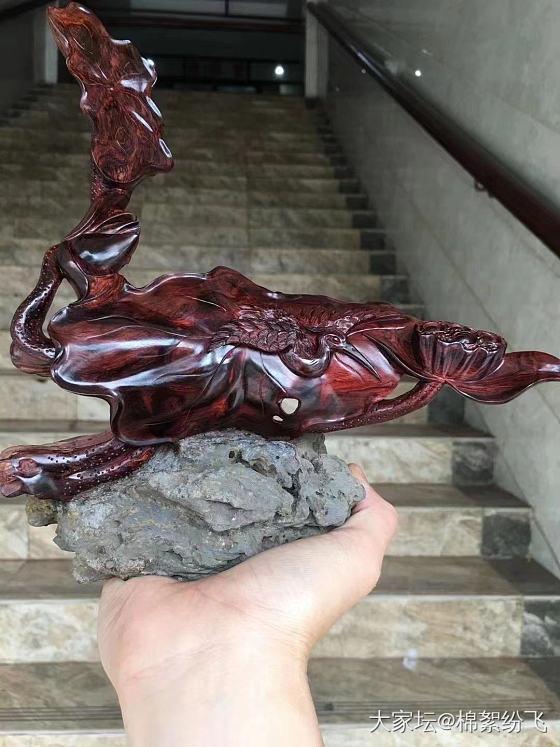 海黄紫油梨雕刻件_黄花梨