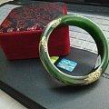继续出,这次加一样儿~~描金碧玉镯子+墨西哥蓝珀戒指+古法琉璃大手串