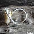 转几个欧洲镶嵌的蜜蜡戒指