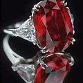 世界上最大、品质最好的红宝石:卡门.露西亚