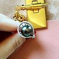 新做的大溪地孔雀绿戒指,款式好看不?
