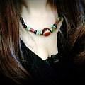 自己设计的南红,绿松锁骨链。晒晒新宠,大家多指教!