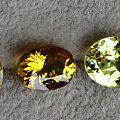 翠榴石、榍石、马里榴石火彩对比对比