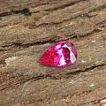 一颗可爱的mahenge 尖晶,颜色绝了