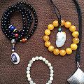 家中遇事,变卖一些自己攒的珠宝,蜜蜡、翡翠、椰蒂、银饰品、和田等,人格保真!