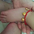 晒晒给宝宝买的脚链