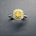 超级性价比的黄钻戒指