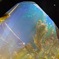 被封印的小世界——蛋白石(宝石级为欧泊)