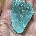 周末逛珠宝展,突然对矿标(宝石原石)感兴趣,370克拉海蓝宝,115克拉粉色...