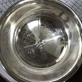拉萨买的藏药银银碗和梳子,帮忙看看有没有被吃药?