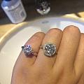 【科普】长文海图:全面对比莫桑石和钻石(标本均为2CT),纠结入莫桑还是钻石...
