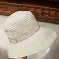 买了一顶绿帽子……
