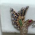 小蜂鸟耳钉,各色彩宝,惟妙惟肖的设计,精致的工艺,喜欢!